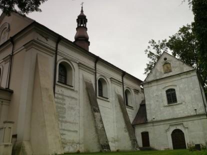 sędziwe mury sanktuarium